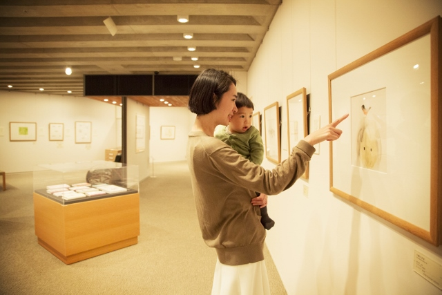 【子どもと楽しむ美術館】vol.1「ちひろ美術館・東京」でファースト・ミュージアム体験!