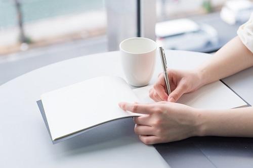 毎日がラクになり願いも叶う!仕事も私生活も充実「メモ手帳活用術」3つ