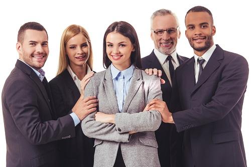 「仕事がデキる」はマストじゃない!働き女子が本当に求める理想の先輩像