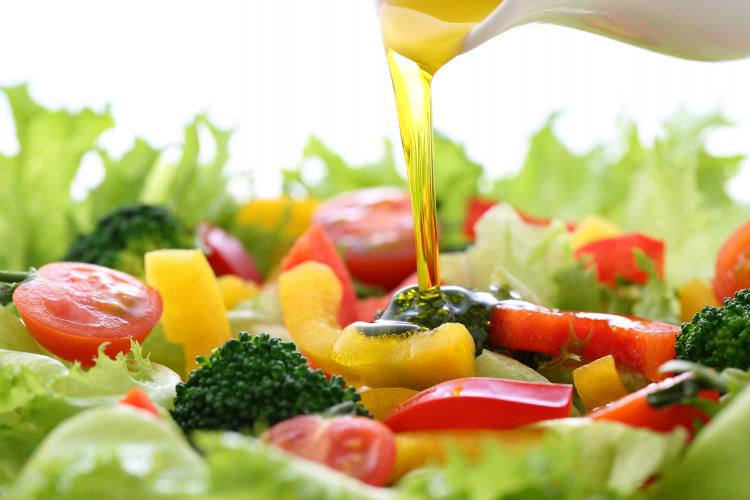 サラダは低カロリーだけど…管理栄養士が教える「ダイエットの落とし穴」3つ