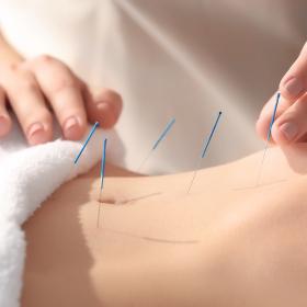 生理不順に不妊…鍼灸師に聞いた「鍼灸治療」で現代女性の悩みにせまる