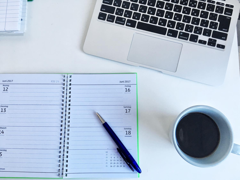 紙の手帳orアプリどっち?「スケジュール管理」仕事と家庭の使い分け