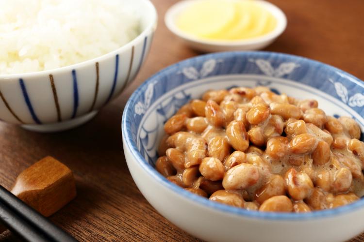 朝食の参考に!「納豆」にちょい足しするとおいしい食材ランキング