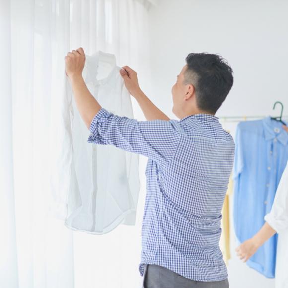 3位トイレそうじ、2位ゴミ捨て… 「夫が担当する家事」 共働き世帯の意外な1位は?