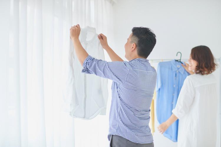 3位トイレそうじ、2位ゴミ捨て…「夫が担当する家事」共働き世帯の意外な1位は?