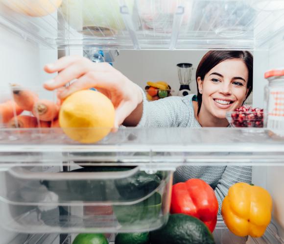 すっきり収納で取り出しやすい! 「冷蔵庫」の整理整頓集。