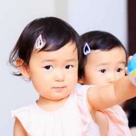 双子との海外旅行は「なるほど」なアイデアいっぱい!【続・双子ちゃんがやって来た vol.2】