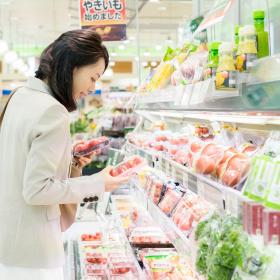 スーパーで野菜から…はNG!? 「週1のまとめ買い」食費節約のコツ【和田由貴のカンタン節約術その1】