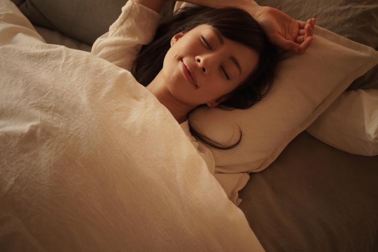 睡眠不足 肌荒れ 肥満