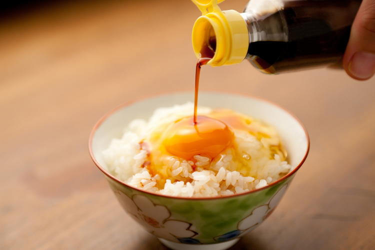魅惑のチョイ足しに食欲が止まらない!みんなの「卵かけご飯」アレンジ