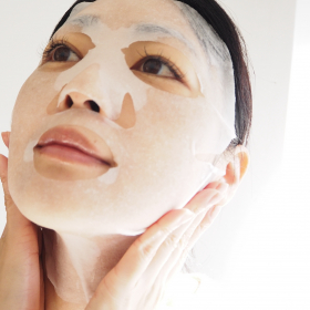 いつもの「シートマスク」で潤いもっと続く!使い方テク&ご褒美マスク3選