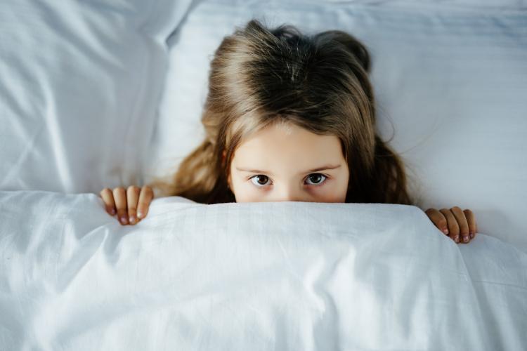 うちの子…また夜更かし!専門家に聞く「子どもの睡眠時間」年齢別の目安は?