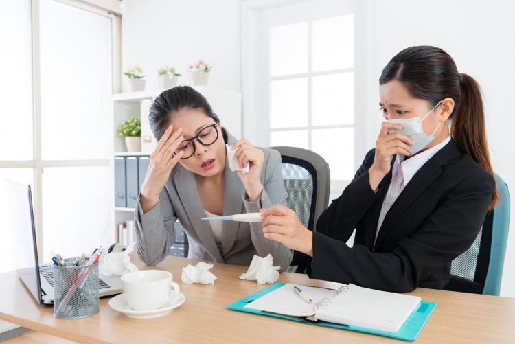 インフルで会社…どうする?「インフルエンザの出勤停止」医師が教える目安とは