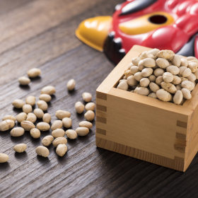 現代の「豆まき事情」マンションならではの掃除や騒音への気遣いも