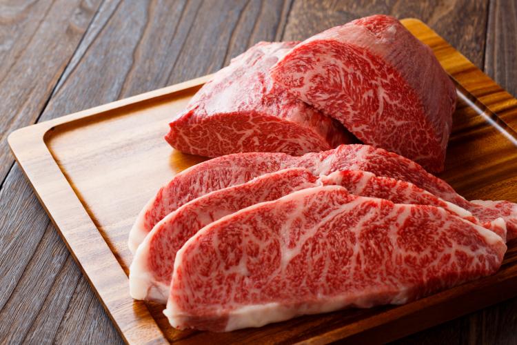 牛ブロック肉・ステーキ肉の長持ち保存方法…選び方のコツから冷凍保存の仕方まで
