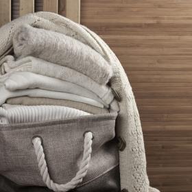もう失敗しない!「セーター」を自宅で洗うときに知っておきたい6つのこと