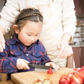 食育の家庭教師がおうちにやって来る!?「エプロンせんせい」と子どものご飯作りが叶えること