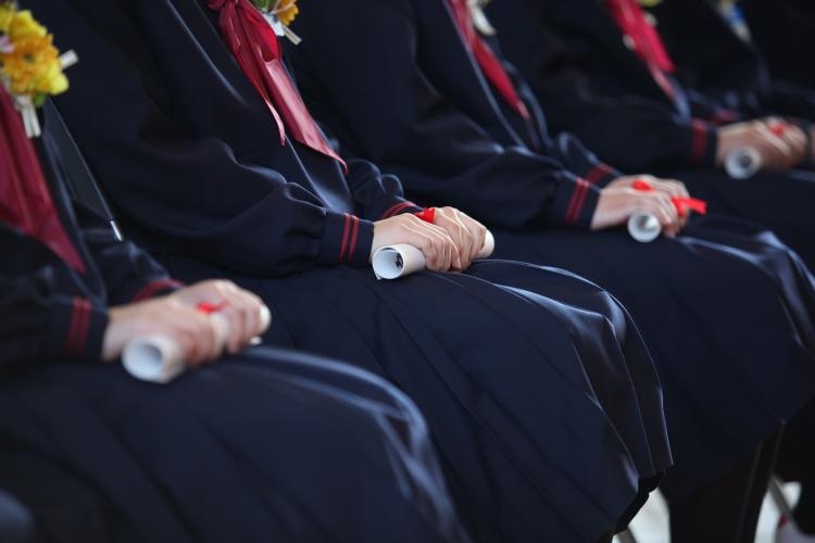 卒園・卒業式で失敗しない「ママの服装マナー」4つのポイント