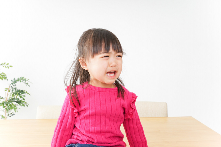 子どもが「保育園行きたくない」…どうする?先輩ママと専門家それぞれの対処法