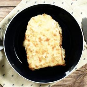 【トースト1週間アレンジ#火曜日】耳まで美味しい!「コーンチーズトースト」のレシピ