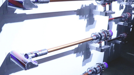 「もうコード付き掃除機は開発しない」ダイソン自信の最新コードレス掃除機Cyclone V10日本版