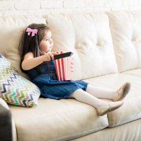 「子どものテレビ」1日何時間まで?家庭のルールをアンケート調査