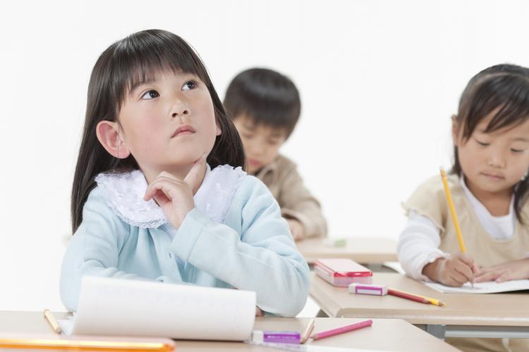 子どもの「教科書・テストの答案」いつ処分する?3位1年後、2位進級後すぐ、1位は…