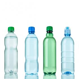こんなに便利なんて! 捨てるのがもったいなくなる「ペットボトル」活用術