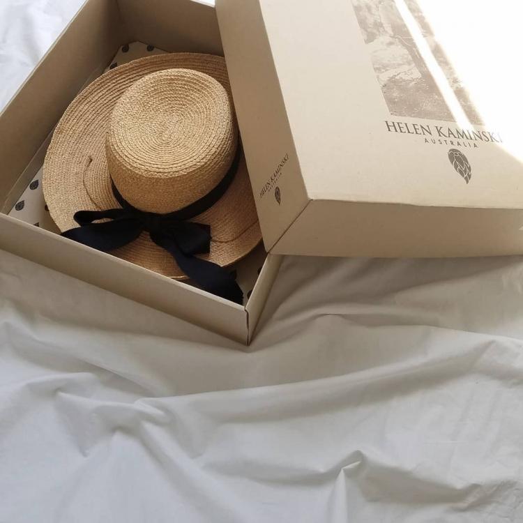 欲しい帽子がズラリ!UVカット機能があってしっかりおしゃれ【kufuraファッション調査隊#3】
