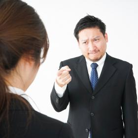 職場の人間関係に疲れたら…?3大悩みとその対処法【行動科学で解決!お悩み相談室1】