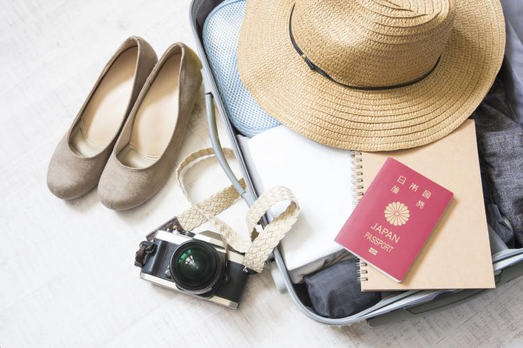 持ってると格段に便利!女性233人に聞いた「海外旅行で役に立ったアイテム」