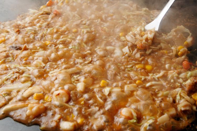 「ベビースターラーメン」は、もはや食材⁉ 社員さんもおススメのアイディアレシピ