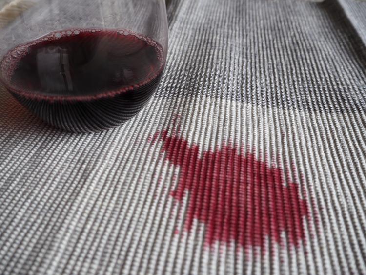 重曹 果汁やワイン シミ