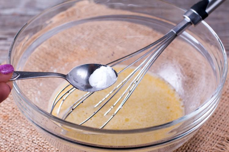 唐揚げカリッ、卵ふんわり。料理に重曹をひとつまみで…こんなに便利!