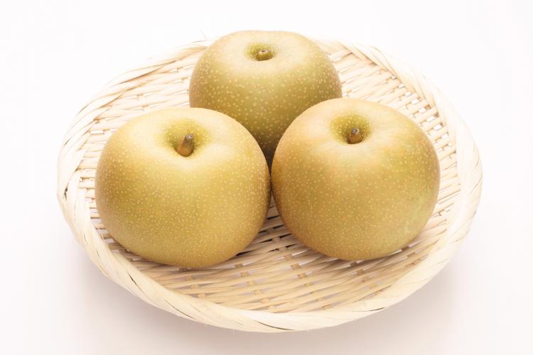 変色を防ぐには砂糖水を!梨の長持ち保存方法…選び方のコツから冷凍保存の仕方まで
