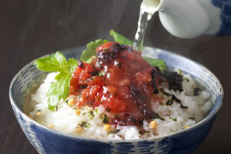 熱中症対策で注目!猛暑でも家族の食欲が出る「梅干し」のアイディアレシピ