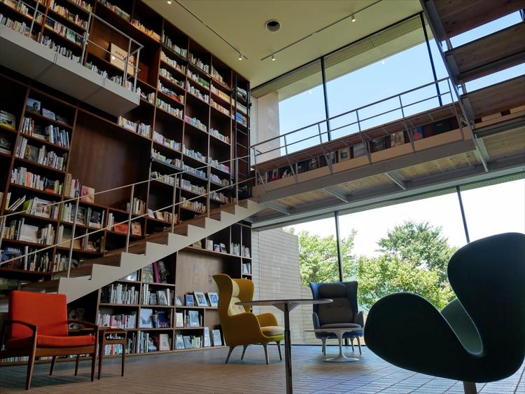 本に囲まれてゆっくり過ごす。ブックホテル「箱根本箱」が箱根にオープン!