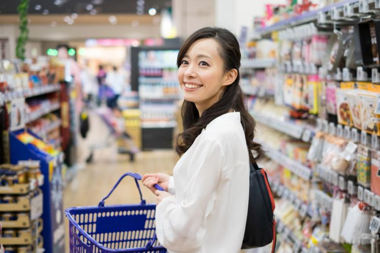 女性289人に聞いた「100円ショップ」でリピ買いしている神アイテムは?