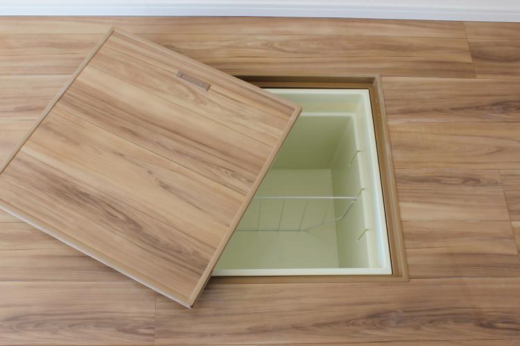 IKEAのシンデレラフィットアイテムも!達人から学ぶ「床下収納」実例集【kufura収納調査隊】vol.46
