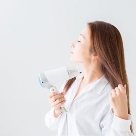白髪はもう増やしたくない!30代からの「白髪予防法」【医師が教える女の白髪メモ#5】