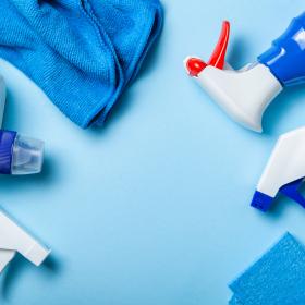 家中ピッカピカ!主婦の溺愛「クリーナー」、掃除に洗濯に欠かせない1本は?
