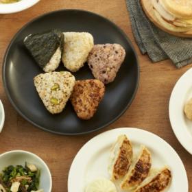 できたての美味しさをそのままパック!無印良品から新たな冷凍食品シリーズ50種が発売
