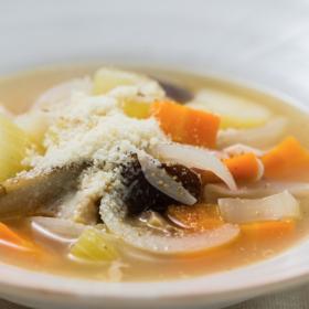 冷蔵庫の残りもの野菜を一掃!旨味ほっくり「始末スープ」  太らない・もたれない! 松田美智子の真夜中ごはん#3