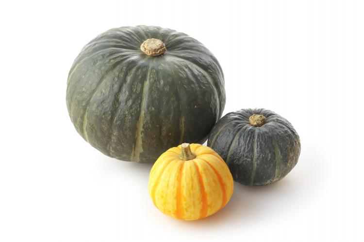 煮るときに面取りは必要!? かぼちゃの長持ち保存方法…選び方のコツから冷凍保存の仕方まで