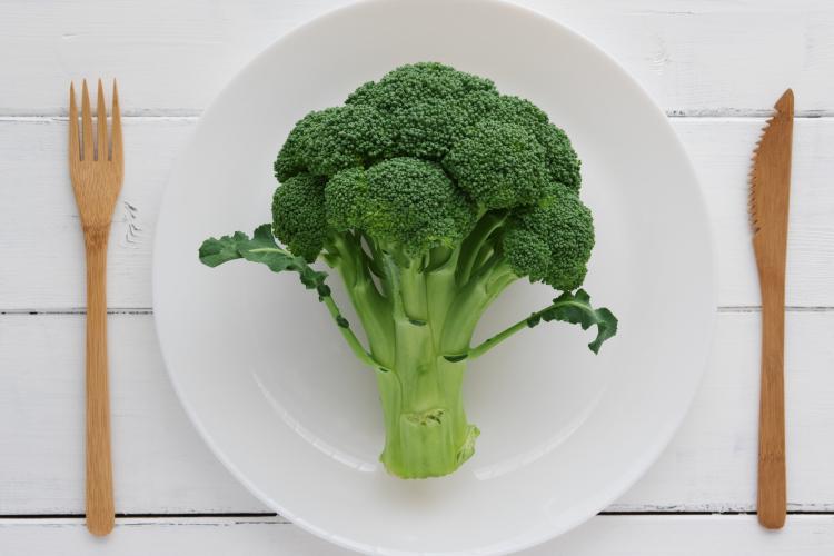 1株ペロリ!家族が喜んで食べた「ブロッコリーのサラダレシピ」を大調査