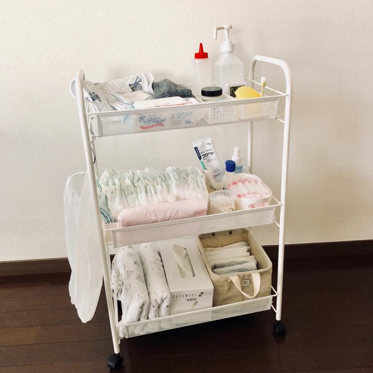 IKEAのバスルームワゴン「HORNAVAN」は おむつワゴンに最適!【働くお母さんの、コレ買って大正解!#1】