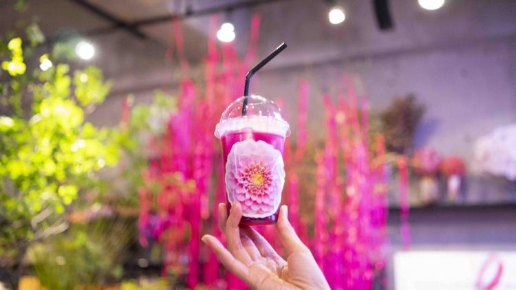 期間限定!ピンクリボン フラワー カフェが誕生 #乳がんのない世界へ
