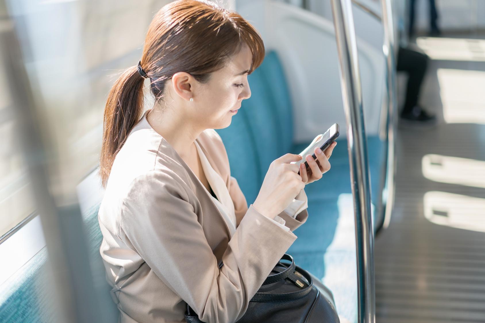 あなたのiPhone設定は大丈夫!? 最近話題の「AirDrop痴漢」防止法教えます。