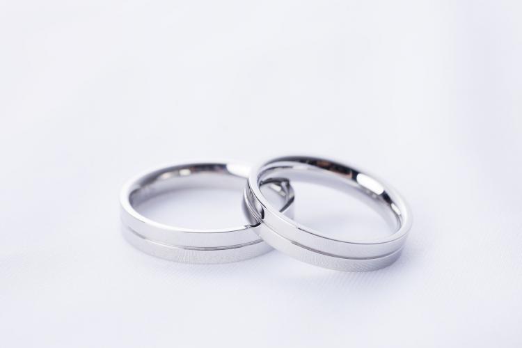 結婚指輪、毎日つけてますか?実は「半数以上がつけていない」と回答、その理由が…