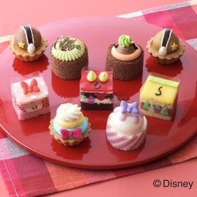 ミッキーはどれかな!? ディズニーデザインの「クリスマス限定プチケーキセット」銀座コージーコーナーから発売